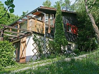 Beautiful 3 bedroom House in Wabern - Wabern vacation rentals