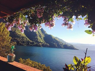 Villa Satara! Lake Atitlan's Most Beautiful B&B. - Tzununa vacation rentals