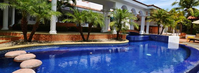 BEAUTIFUL VILLA CASA QUE CANTA - Flamingos vacation rentals