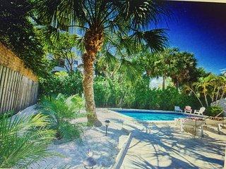 Boca, Ocean, Pool! 50 Steps to Sand & Surf - Boca Raton vacation rentals