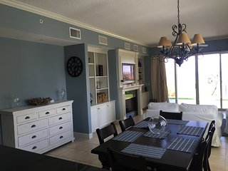 Oceanfront Luxury in Vilano Beach, Dogs Welcome - Vilano Beach vacation rentals