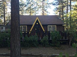 Acosta Cozy Cabin - 4 Bd Big Bear - Sugarloaf vacation rentals