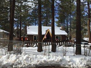 Acosta Cozy Cabin - 4 Bd Big Bear - Sugarloaf vacation rentals