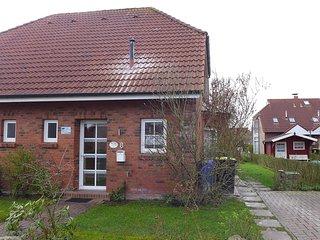 Cozy 3 bedroom House in Nessmersiel with Television - Nessmersiel vacation rentals