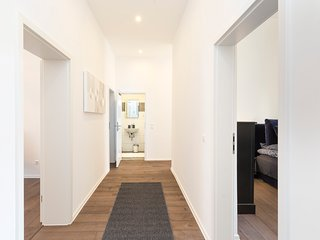 Cozy 2 bedroom Heidelberg Apartment with Internet Access - Heidelberg vacation rentals