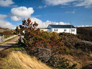 Wonderful House in Scourie with Internet Access, sleeps 5 - Scourie vacation rentals