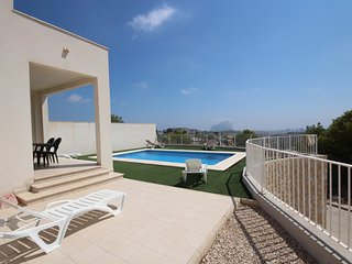 Secluded Modern 3-Bedroom Hilltop Villa - Sweeping Views of Calpe & Private Pool - Calpe vacation rentals