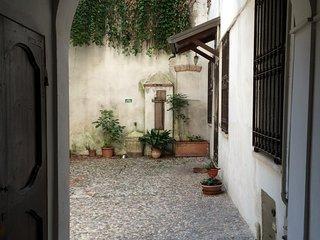 1 bedroom Condo with Internet Access in Mantova - Mantova vacation rentals