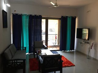 Beautiful Condo with Satellite Or Cable TV and Parking - Lavasa vacation rentals