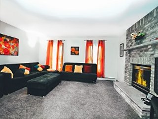 Warm Up By The Fire - Colonial Mansion of State - Tannersville - rentals