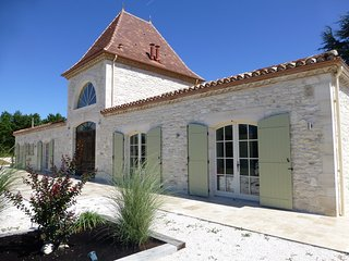 Beautiful House with Internet Access and A/C - Masquieres vacation rentals