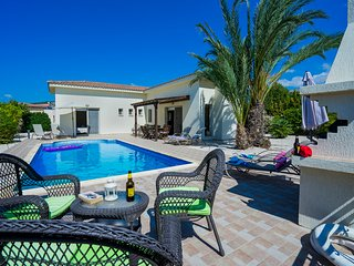 The Winning Post - Peyia vacation rentals