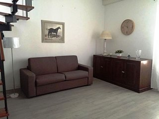Bright apartment, 5 minutes from the sea! - Sferracavallo vacation rentals