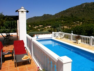 Para Dos - Rural cottage for two - Alzira vacation rentals