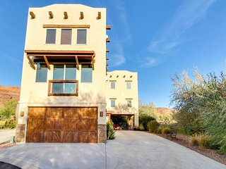 Spanish-style condo w/ views, in-home theater, & shared pool & hot tub - Moab vacation rentals