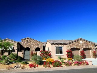 'Villa Italia' Private Saltwater Pool & Spa, Gas Firepit, Courtyard, Pool Table - Indio vacation rentals