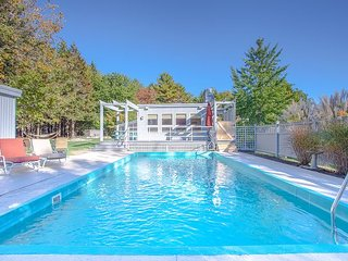 4BR+, 3BA Kennebunkport House with Pool, Hot Tub and Movie Room - Kennebunkport vacation rentals