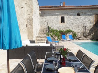 Barn conversion with private 8m courtyard pool - Ginestas vacation rentals