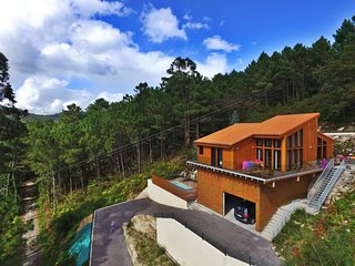 Amazing modern house with views to the sea and pool - Outes vacation rentals