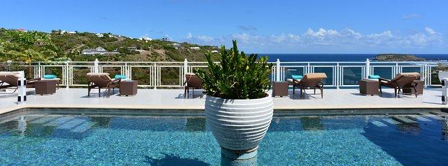 Villa Bellevue 2 Bedroom SPECIAL OFFER - Marigot vacation rentals