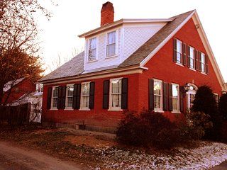Charming 5BR Antique Farmhouse, walk to town - Chester vacation rentals