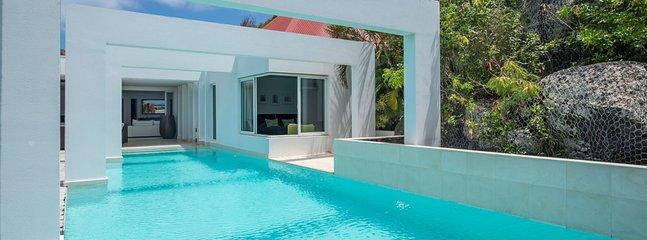 Villa Eclipse 1 Bedroom SPECIAL OFFER - Vitet vacation rentals