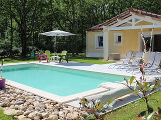 Nice Gite with Internet Access and Outdoor Dining Area - Gindou vacation rentals
