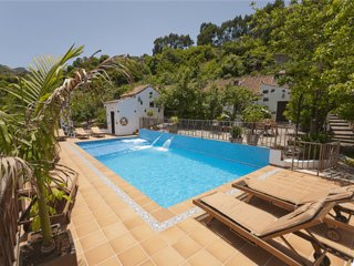 Holiday cottage with shared pool in Fontanales - Chilanga vacation rentals