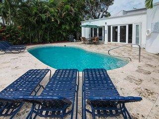 Miami Beach, Waterfront,Jan 6 to Feb 7  4050/wk - Miami Beach vacation rentals