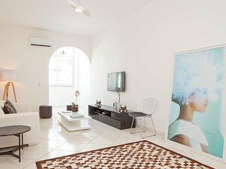 Boutique Apartamento Copacabana - Rio de Janeiro vacation rentals