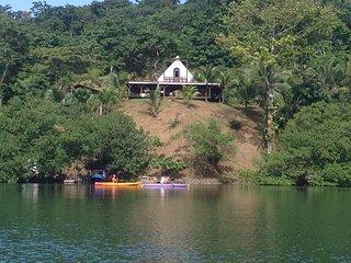 "Pyramid Retreat/Vacation B&B - The ""Queen Chamber"" - Isla Loma Partida vacation rentals"