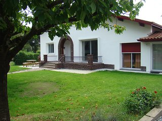 2 bedroom Gite with Internet Access in Pontonx-sur-l'Adour - Pontonx-sur-l'Adour vacation rentals