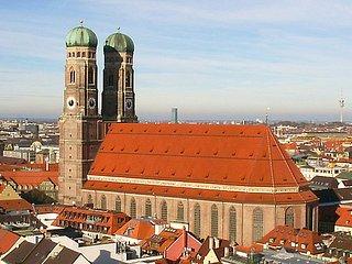 4 Zi. Dachgeschoss Wohn. f. 10 Pers. - Munich vacation rentals