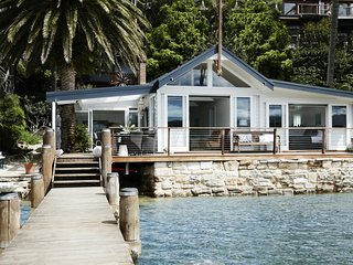 Beautiful 3 bedroom Whale Beach House with Television - Whale Beach vacation rentals