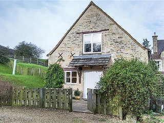 Charming House with Internet Access and Satellite Or Cable TV - Little Witcombe vacation rentals