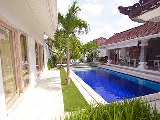Spacious & Modern Seminyak Villa w Pool - Seminyak vacation rentals