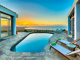 Breathtaking Ocean Views, Private Pool, Spacious Layout, Pool Table & Bar! - La Jolla vacation rentals