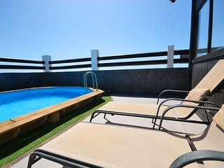 A05TF NICE VILLA SEA FRONT IN MEDANO - El Medano vacation rentals