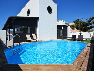 Nice Villa with Internet Access and A/C - El Medano vacation rentals