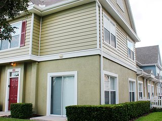 Cheerful 4 Bedroom Home VIP ORLANDO (211669) - Kissimmee vacation rentals