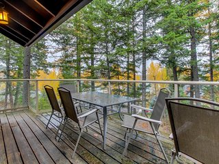 Lakeview home w/great amenities: shared pool/hot tub, access to private beach - Whitefish vacation rentals