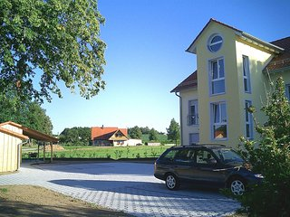2 bedroom Apartment with Internet Access in Asbach Baumenheim - Asbach Baumenheim vacation rentals