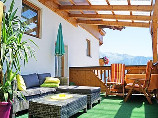 Bright 2 bedroom Apartment in Hippach with Internet Access - Hippach vacation rentals