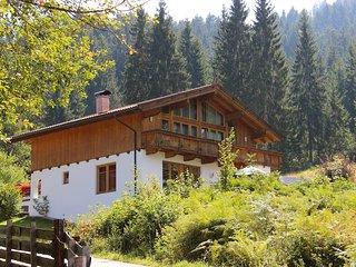 Spacious 4 bedroom Niederau House with Internet Access - Niederau vacation rentals