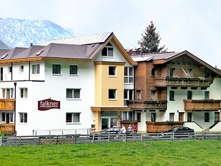 Nice 2 bedroom Apartment in Langenfeld - Langenfeld vacation rentals