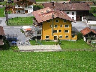 Bright 16 bedroom Saint Leonhard House with Internet Access - Saint Leonhard vacation rentals