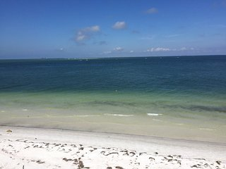 Hooks Haven - 3bed beach front - Anna Maria vacation rentals