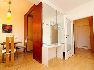 Nice 1 bedroom Apartment in Dobling - Dobling vacation rentals