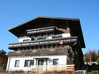 Nice Condo with Television and Microwave - Hollersbach im Pinzgau vacation rentals