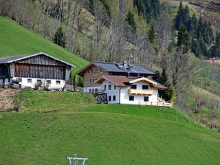 Bright 2 bedroom Condo in Maria Alm - Maria Alm vacation rentals